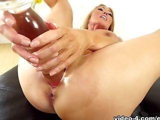 Big Ass, Big Tits, Dildo, Ethnic, Kianna Dior, Masturbation, MILF, Pornstar, POV, Redhead,